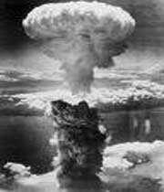attaque nucléaire de nagasaki par l'aviation américaine le 9 août 1945