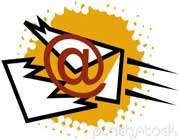 یک ویروس ایمیل می تواند فرمی از یک ویروس ماکرو باشد که خود را در تمام تماسهای موجود در کتابچه آدرس  ایمیل میزبان منتشر میسازد