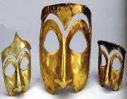 masques en or. découverts à kalmakareh, lorestan. première moitié du 1er millénaire av. j.-c. musée national d'iran.