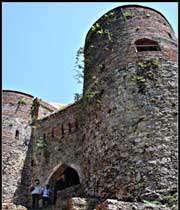 la citadelle de roodkhan