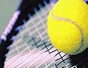 راکت و توپ تنیس