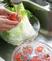 شستن سبزی