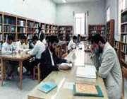 مديرعامل انتشارات مدرسه ، سرانه مطالعه در ايران ، شايسته مردم كشور بوده و بيشتر شود.