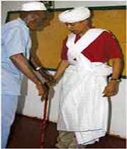 اوباما در لباس محلی کنیا