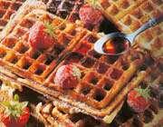 croquembouche de fraises aux gaufres