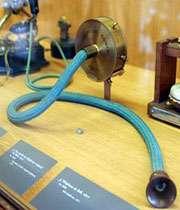 اولین تلفن ساخت گراهام بل