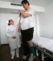 zhao, worlds tallest man