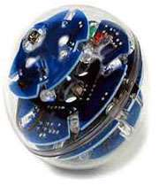 توپ بازی ربات فوتبالیست