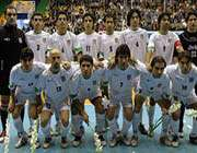 irans national futsal players posing for a photo
