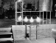 اولین کاربرد اورانیوم در تولید انرژی برای 4 لامپ
