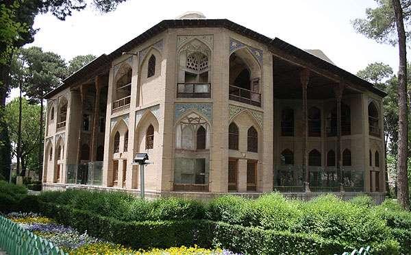عمارت هشت بهشت - اصفهان