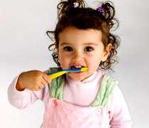 دندان دندانپزشک دندانپزشکی پزشک سلامت مسواک خمیر دندان نخ عصب کشی