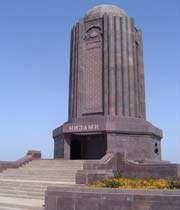 نظامی گنجوی کا مقبره