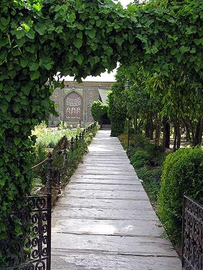 shiraz fars iran butifull city شیراز فارس ایران شهر سوم مذهبی پایتخت فرهنگی ایران اردیبهشت زیبا اردی بهشت سرزمین مادری ام  نارنجستان قوام