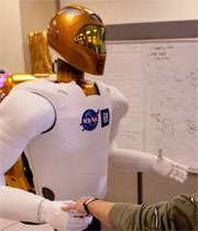 ربات  robotic , robot