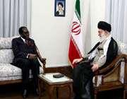 le guide suprême a reçu le président zimbabwéen