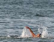 شناکردن در دریای خزر