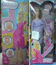 عروسک باربي حامله عرضه شده در فروشگاه هاي ايران