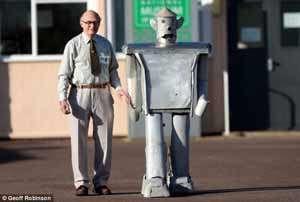 سرگذشت یک ربات پیر