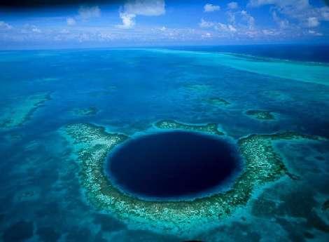 عمیق ترین چاله آبی دنیا