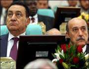 نائب الرئيس المصري عمر سليمانو حسنی مبارک