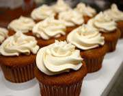 pumpkin _cupcakes_ with_cream