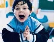 کودک مبتلا به بیماری اوتیسم
