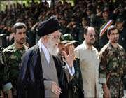 قائد الثورة الاسلامية في ايران آية الله السيد علي خامنئي
