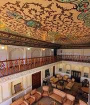 inside narenjestan museum, shiraz