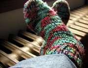 پوشیدن جوراب گرم در سرما