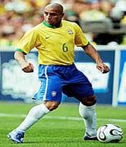 great goal kicks of carlos