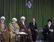 رہبر معظم سے اسلامی بیداری کے عالمی شعر سمینار کے شرکاء کی ملاقات