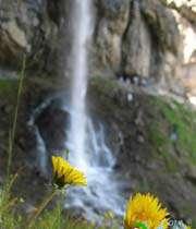 چگونه از آبشار عکس بگیریم