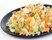 salade de pâtes froides aux légumes