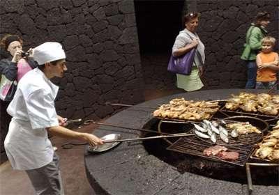 تجربه آشپزی روی کوره آتشفشان!