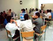 بررسی مدارس هوشمند در ایران