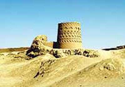 نارين قلعه (نارنجقلعه)