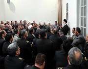 rencontre du guide suprême avec les commandants et les responsables de la force marine de l'armée iranienne