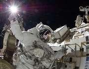 فضانوردان و خطرات فضایی