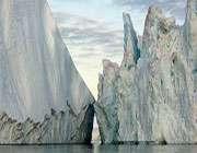 انٹارکٹکا کا بڑا گلیشیئر پگھل رہا ہے
