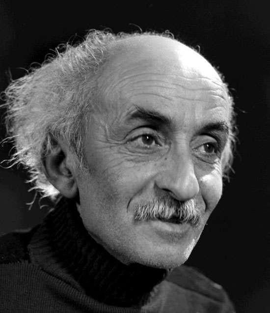 نیما یوشیج