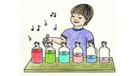 نواختن موسیقی با بطری
