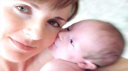 anne olmak kadının ömrü