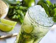 несколько напитки помогут утолить жажду в жару лучше всего.
