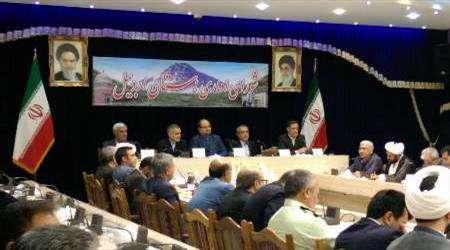 مساعد رئيس الجمهورية: ايران تقيم علاقات وساطة مالية مع 450 بنکا اجنبيا