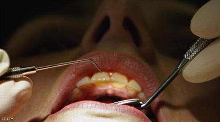 الخيط غير مفيد لصحة الأسنان