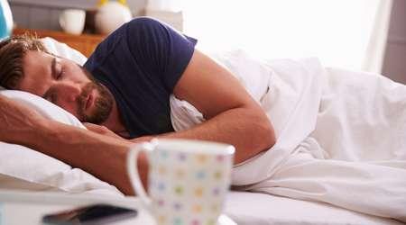 ۸ خطایی که هنگام خوابیدن انجام می دهید