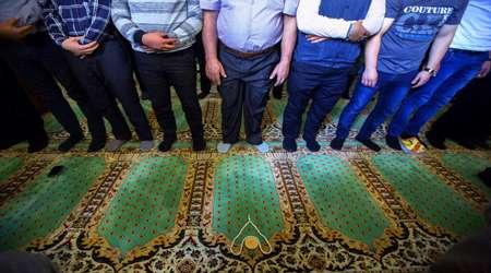 apakah tata cara salat rasulullah saw telah disebutkan dalam kitab shahih bukhari dan shahih muslim?