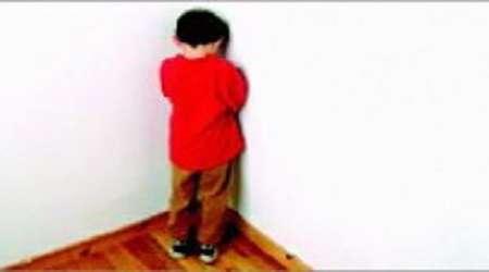 چگونه والدین به کودک طرد شده در مدرسه کمک کنند