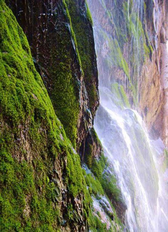از آبشاری در سه کاسه سنگی تا آبشاری در لاله زار